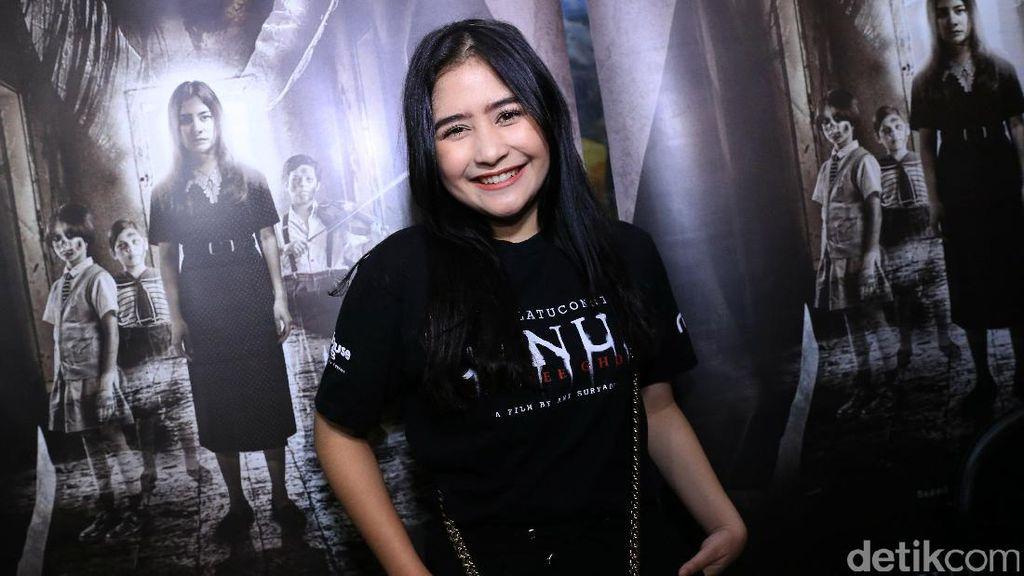 Senyum Semringah Prilly Latuconsina di Syukuran Film Danur