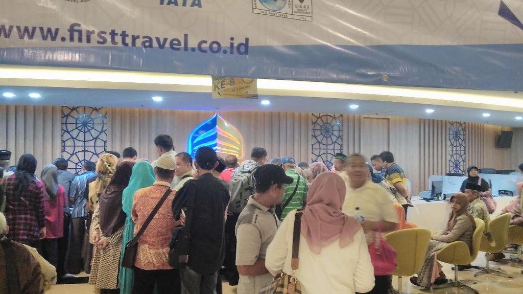 Operasional Disetop, First Travel Tetap Berangkatkan 5.000 Jemaah Umrah