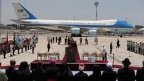 Trump Tempuh Penerbangan Langsung Pertama dari Arab Saudi ke Israel