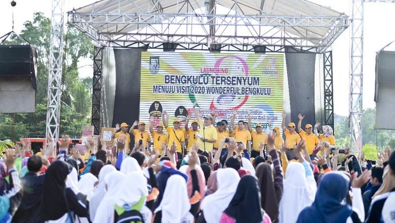 Foto: Peluncuran Gerakan Bengkulu Tersenyum (Media Center Pemprov Bengkulu)