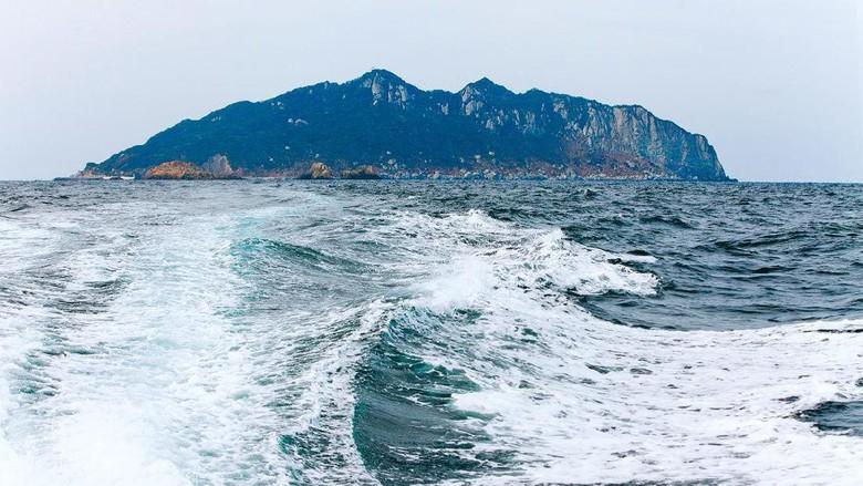 Pulau Okinoshima Jepang yang hanya terbuka bagi kaum pria (okinoshima-heritage.jp)