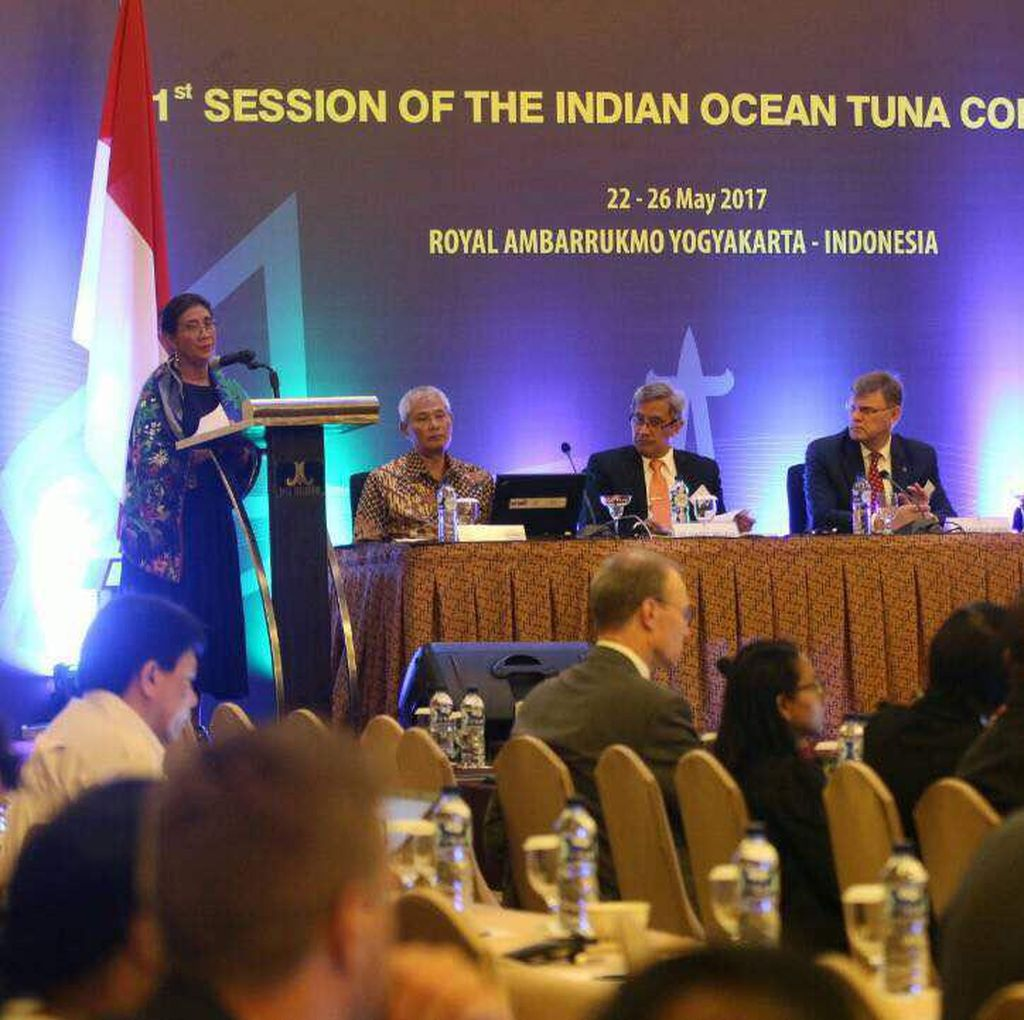 Susi: Negara Tak Punya Laut Kok Bisa Tangkap Ikan?