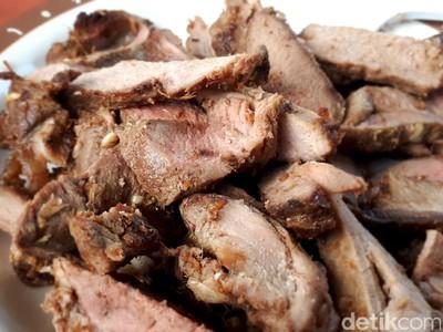 Makanan Serba Rusa di Ujung Timur Indonesia