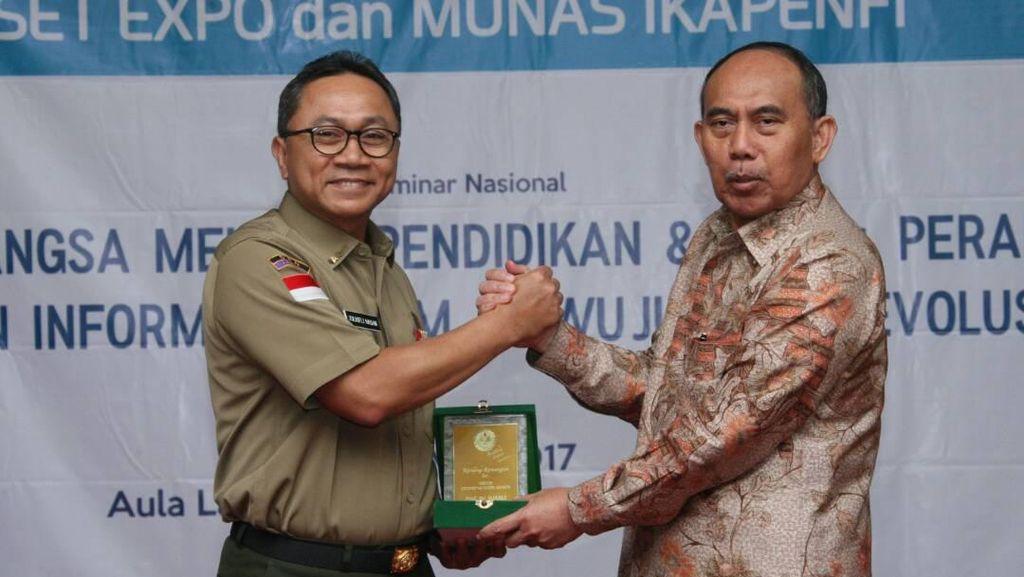 Ketua MPR Nilai Syarat Negara Maju adalah SDM yang Kuasai Iptek