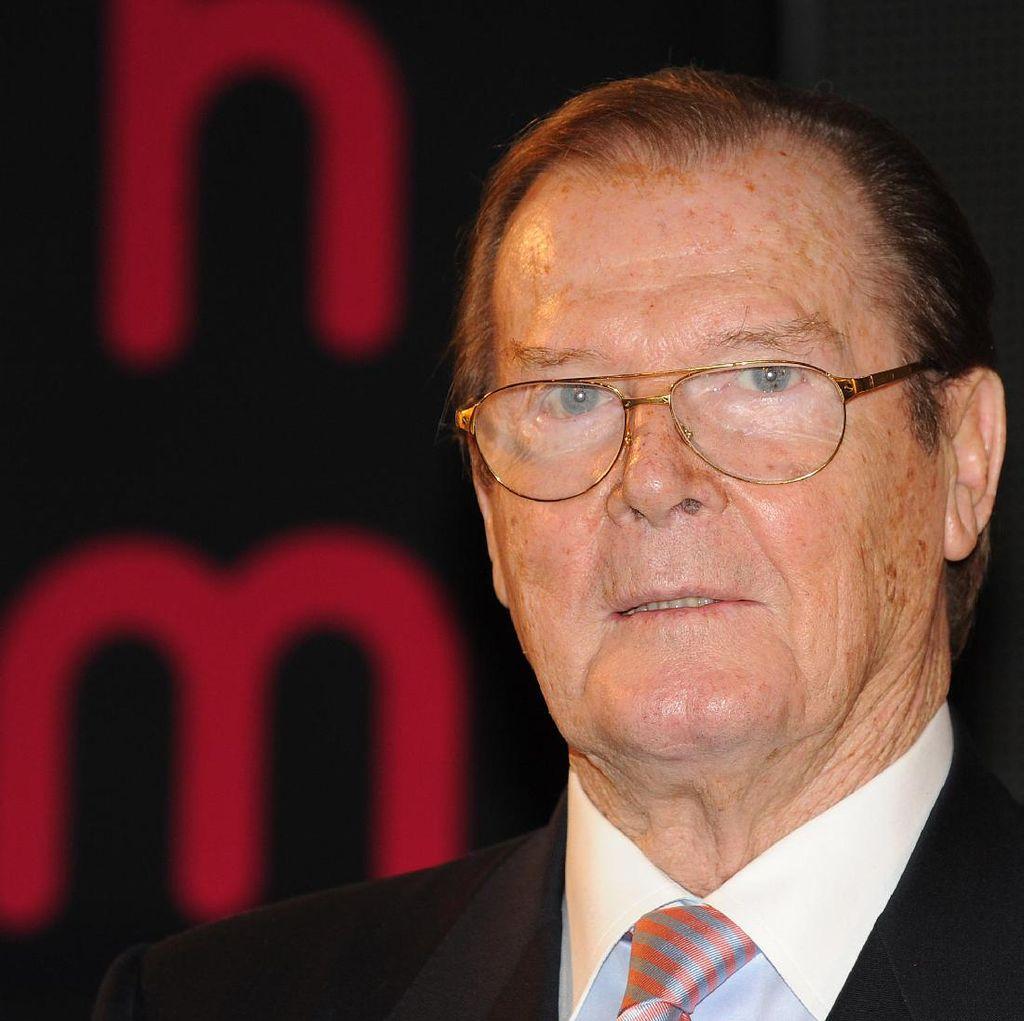 Meninggal karena Kanker, Roger Moore akan Dimakamkan di Monako