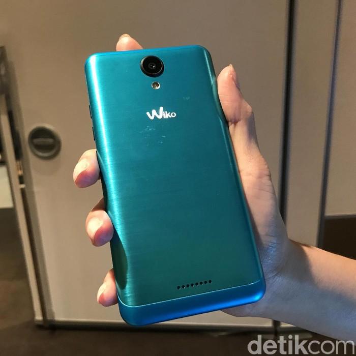 Wiko mendesain ponselnya dengan cukup stylish. Foto: detikINET/Adi Fida Rahman