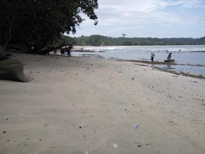 Pesona Pantai Rancababakan yang Eksotis di Nusakambangan