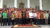 Jokowi Ajak Tokoh Lintas Agama Foto dan Makan Bersama