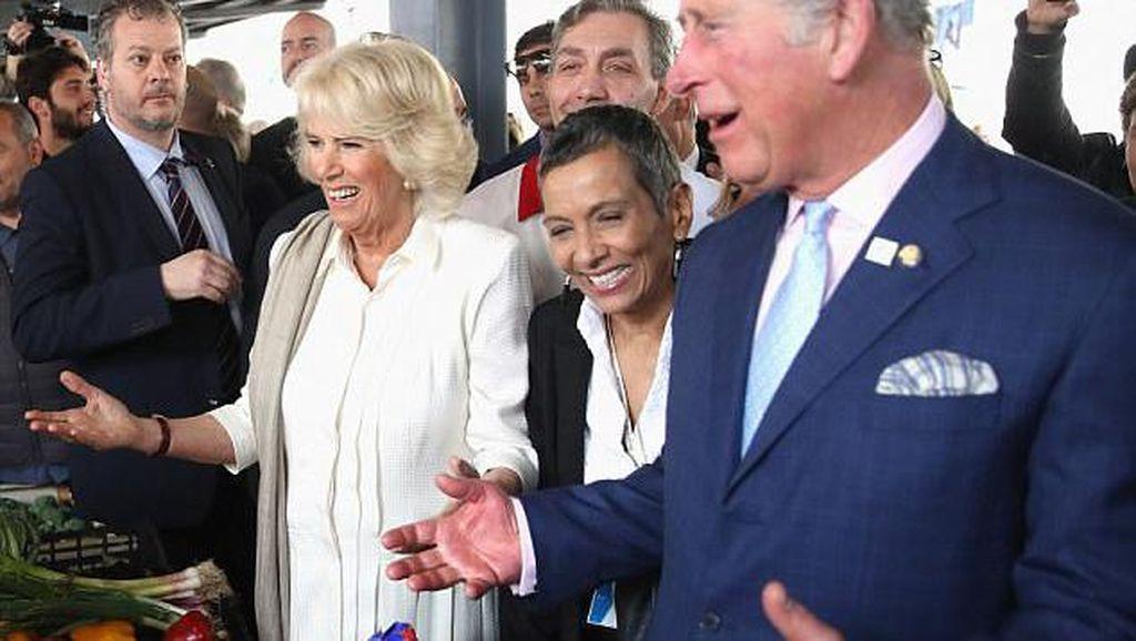 Camilla Menceritakan Rasanya Menjadi Wanita Selingkuhan Pangeran Charles