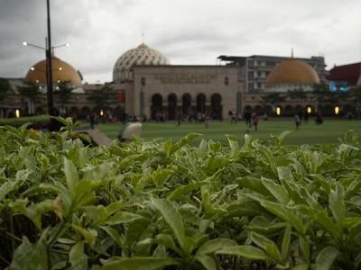 Hunting Foto di Alun-alun Bandung, Seru!