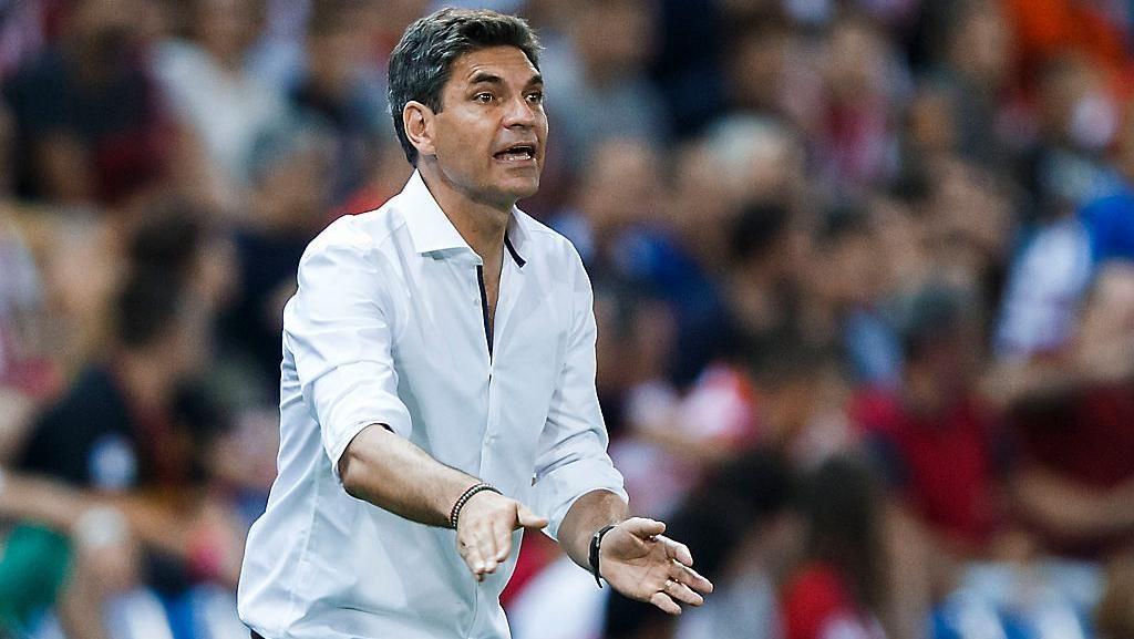 Pelatih Alaves Pernah Main untuk Barca, Setim dengan Luis Enrique
