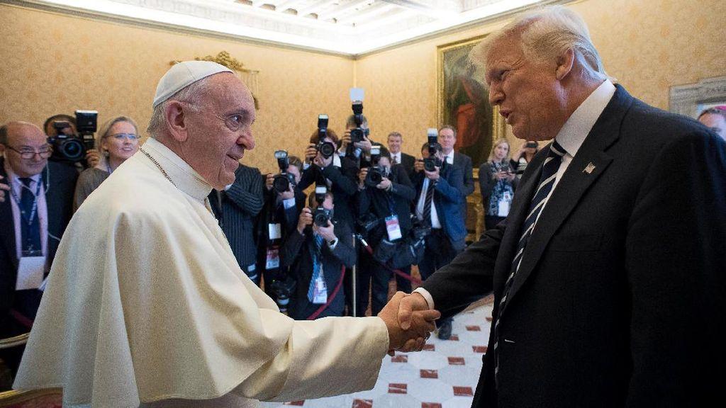 Bertemu Paus Fransiskus, Trump Diminta Jadi Pencetus Perdamaian
