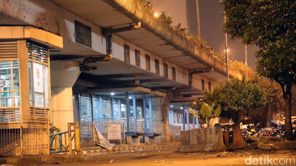 Bom Kampung Melayu: 5 Orang Tewas, 10 Orang Terluka