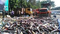 Jelang Ramadan, Polrestabes Bandung Musnahkan 16 Ribu Botol Miras