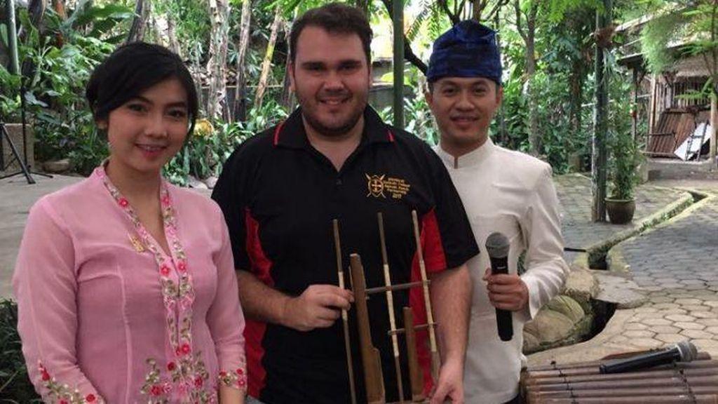 Sosok Horace Hill, Mahasiswa Aborijin yang Kuliah di Bandung