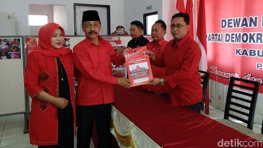 Sekda Cirebon Daftar Jadi Cawabup Lewat PDIP