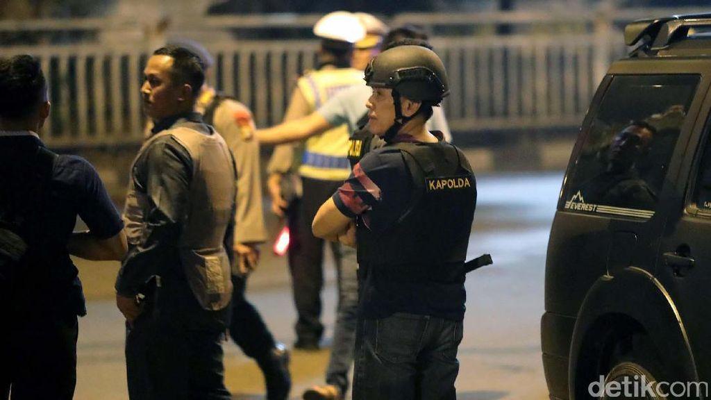 Lokasi Bom Kampung Melayu Masih Ramai, Polisi Imbau Warga Pulang