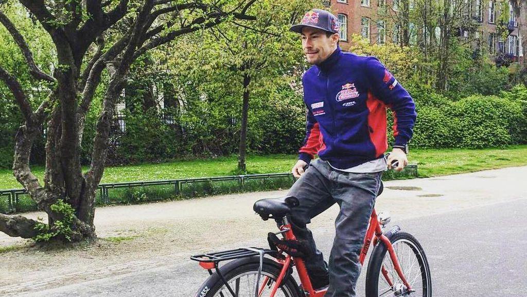 Nicky Hayden dan Sepeda-sepeda yang Dikayuh Rider MotoGP
