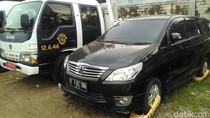 Selain Mobil AM, Sebuah Taksi Juga Kena Denda Derek Rp 31 Juta
