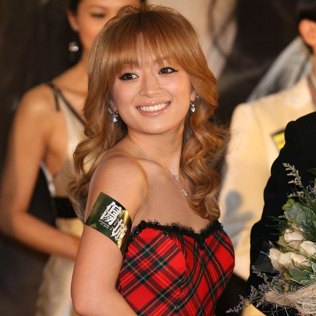 Masih Jadi Solois Jepang Tersukses, Ayumi Hamasaki Kini Tunarungu
