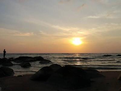 Pantai Bajugan, Spot Cantik untuk Melihat Sunset di Toli-toli