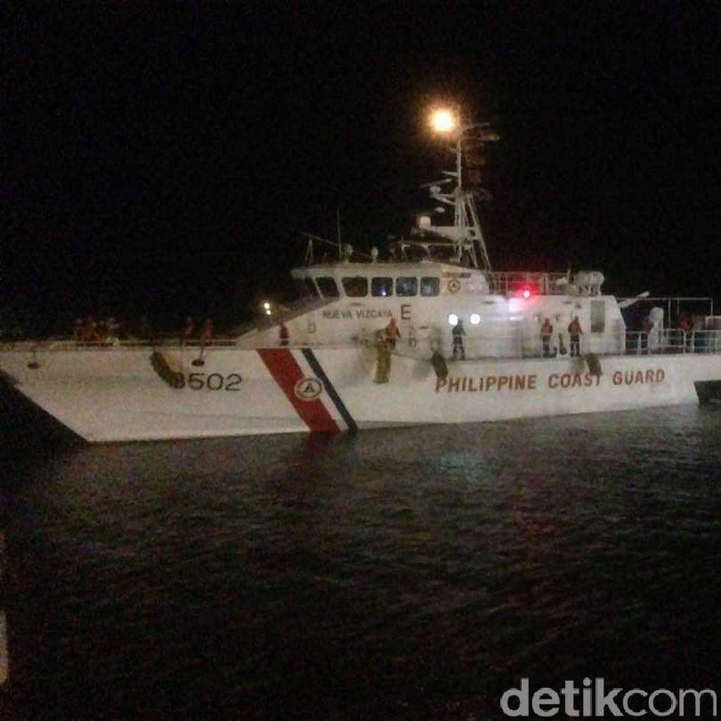 Kapal Coast Guard Filipina Alami Kerusakan Mesin di Selat Makassar