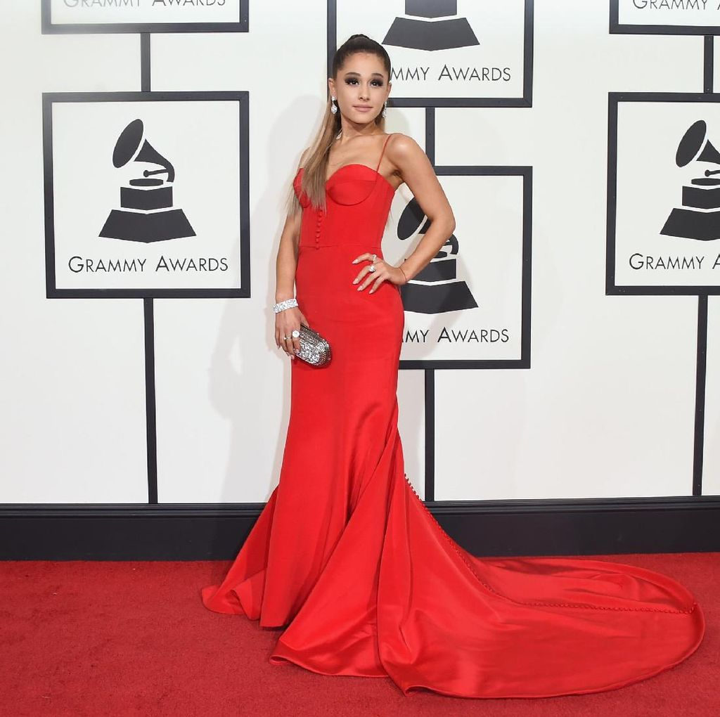 Tidak Takut! Manajer Ariana Grande Ingin Balas Teror dengan Cinta