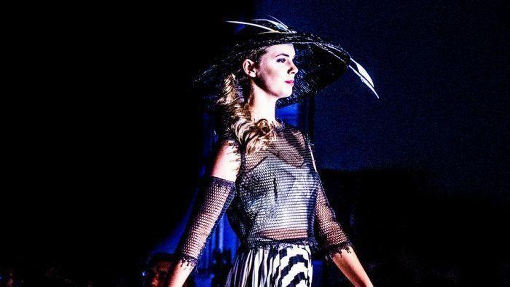 Gadis Dusun Australia Melenggang ke New York Fashion Week