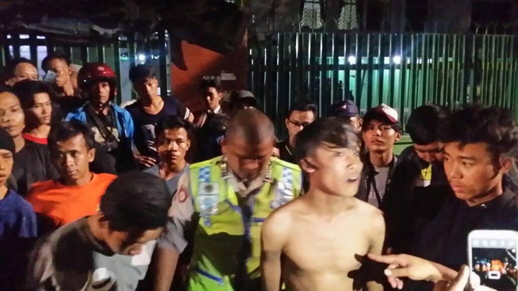 Kedapatan Bawa Golok, 3 Remaja Ditangkap Polisi di Danau Sunter