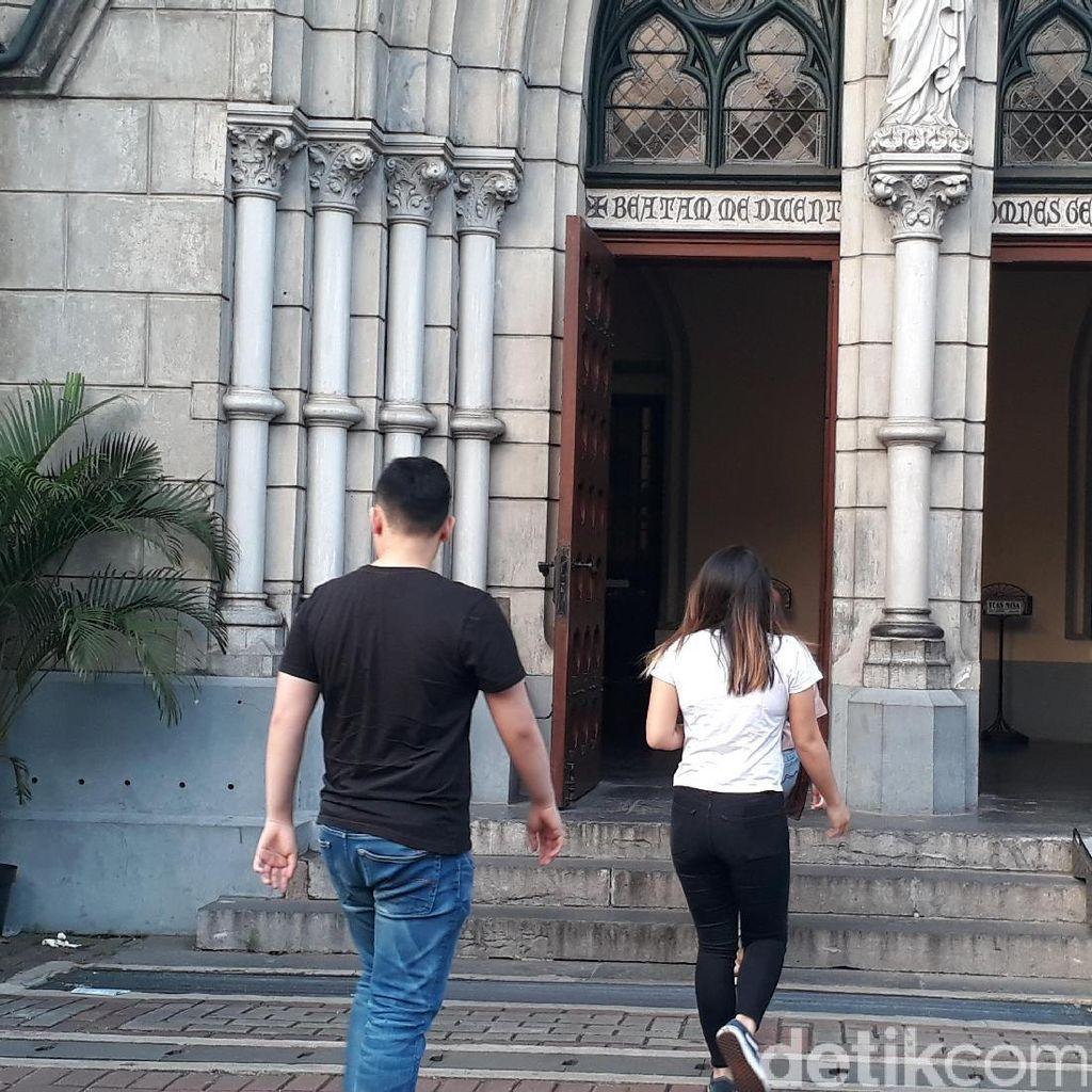 Misa Kenaikan Isa Almasih di Gereja Katedral Berjalan Lancar