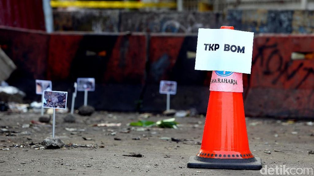 Foto-foto Titik Lokasi Ledakan Bom Kampung Melayu