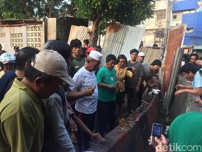 Ada Dalam Situasi Seperti Bom Kampung Melayu, Kita Harus Bagaimana?