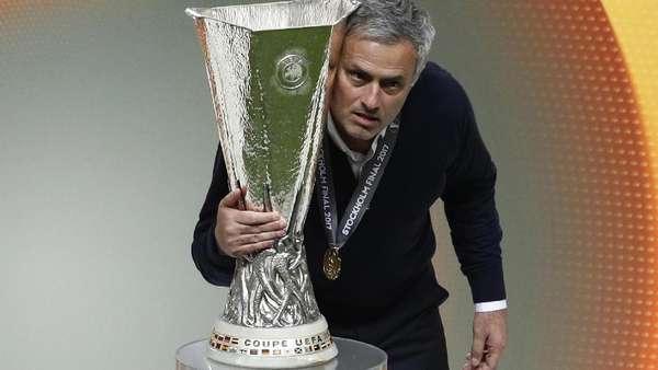 MU Raih Treble di Musim Pertama Mourinho