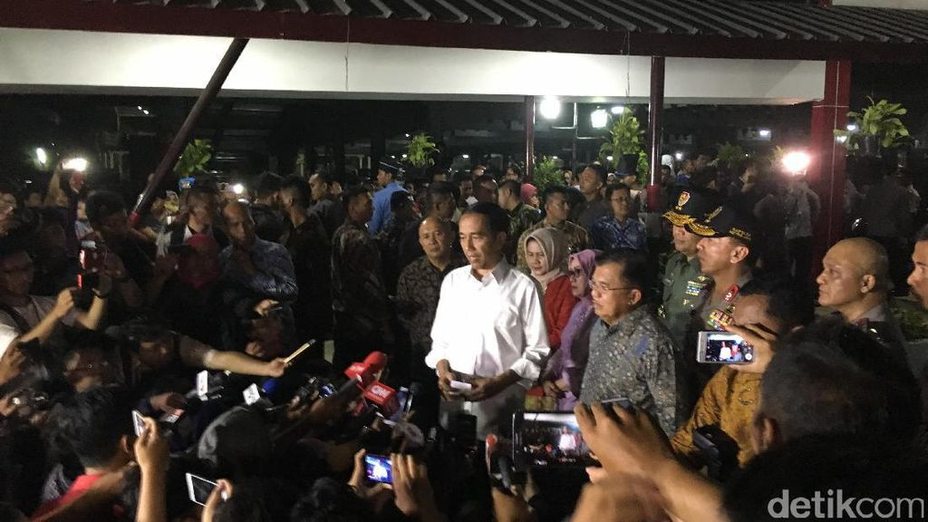 Jokowi: Kita Semua Harus Bersatu Melawan Terorisme