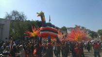 Meriahnya Karnaval Mengarak Warak Ngendhog di Kota Semarang