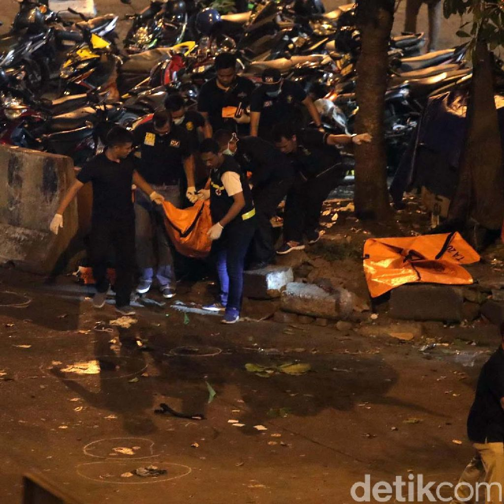 Kutuk Bom Bunuh Diri di Kampung Melayu, Istana: Mari Lawan Teror!