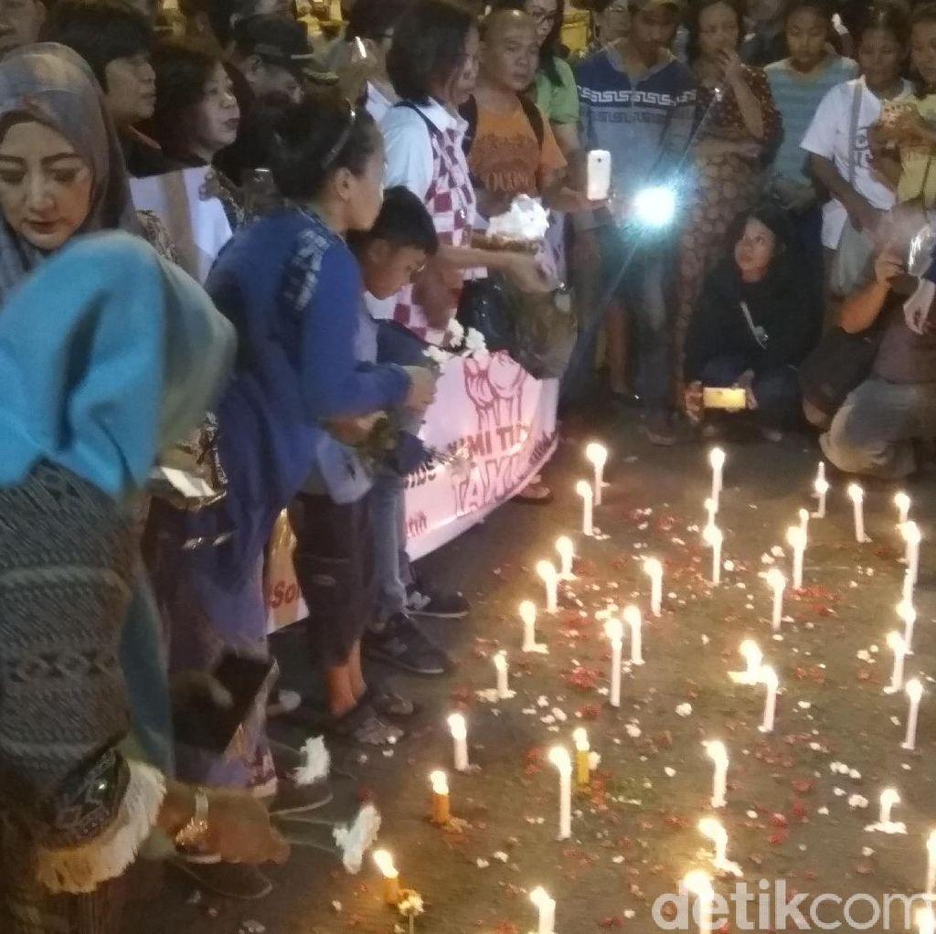 Warga Juga Gelar Aksi Lilin di Lokasi Bom Kampung Melayu