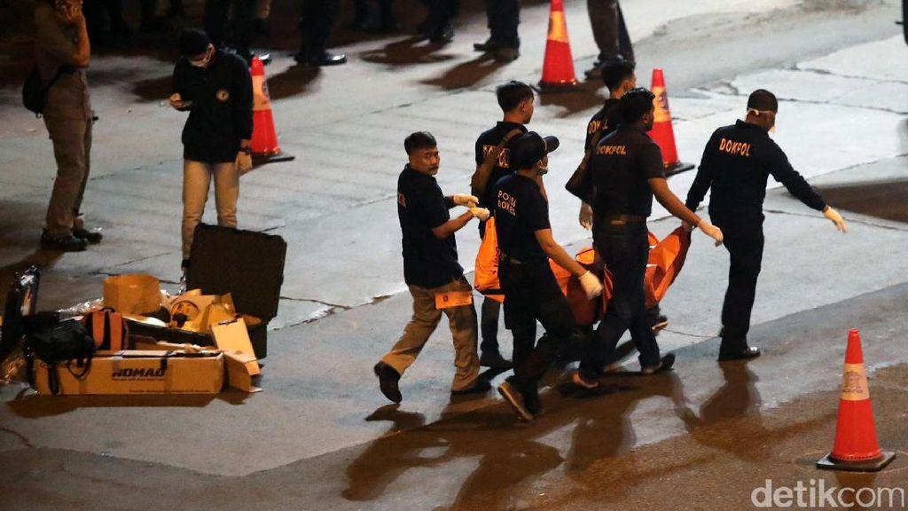 Korban Bom Kampung Melayu: Polisi, Sopir Angkot, Hingga Mahasiswi