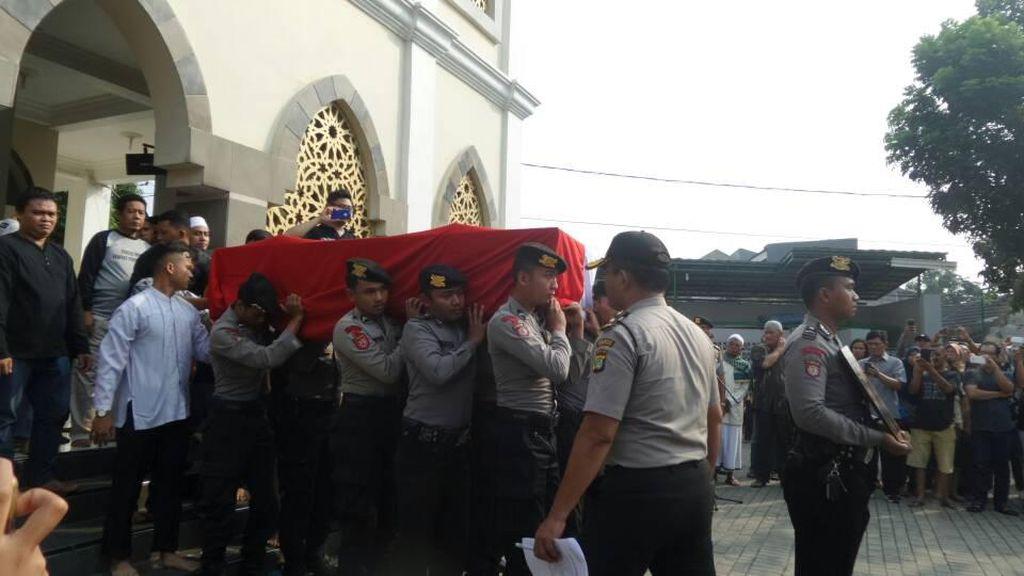 Bripda Ridho yang Gugur Akibat Bom Kampung Melayu Naik Pangkat