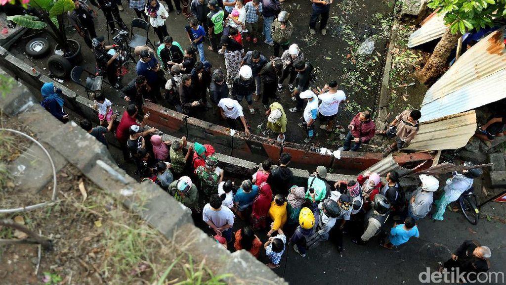 Polisi Duga Bom yang Meledak di Kampung Melayu Ditaruh di Ransel