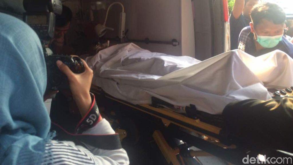 3 Korban Bom Kampung Melayu Tiba di RS Polri dari RS Jatinegara