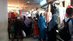 Laris Jelang Ramadan, Pedagang Baju Muslim Raup Omzet Rp 500 Juta/Hari