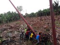 Tembus Hutan, PLN Melistriki Pedalaman Papua