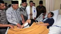 Wakil Ketua DPD Besuk Korban Bom Kampung Melayu