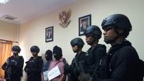 Polisi Tangkap Kurir yang Bawa 1 Kg Sabu dan 500 Butir Ekstasi