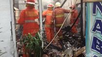 Kebakaran di Kramat Jati Jaktim, 5 Rumah Hangus Terbakar