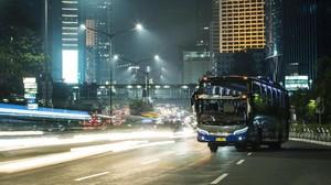 Bus Volvo Jalan-jalan di Jakarta