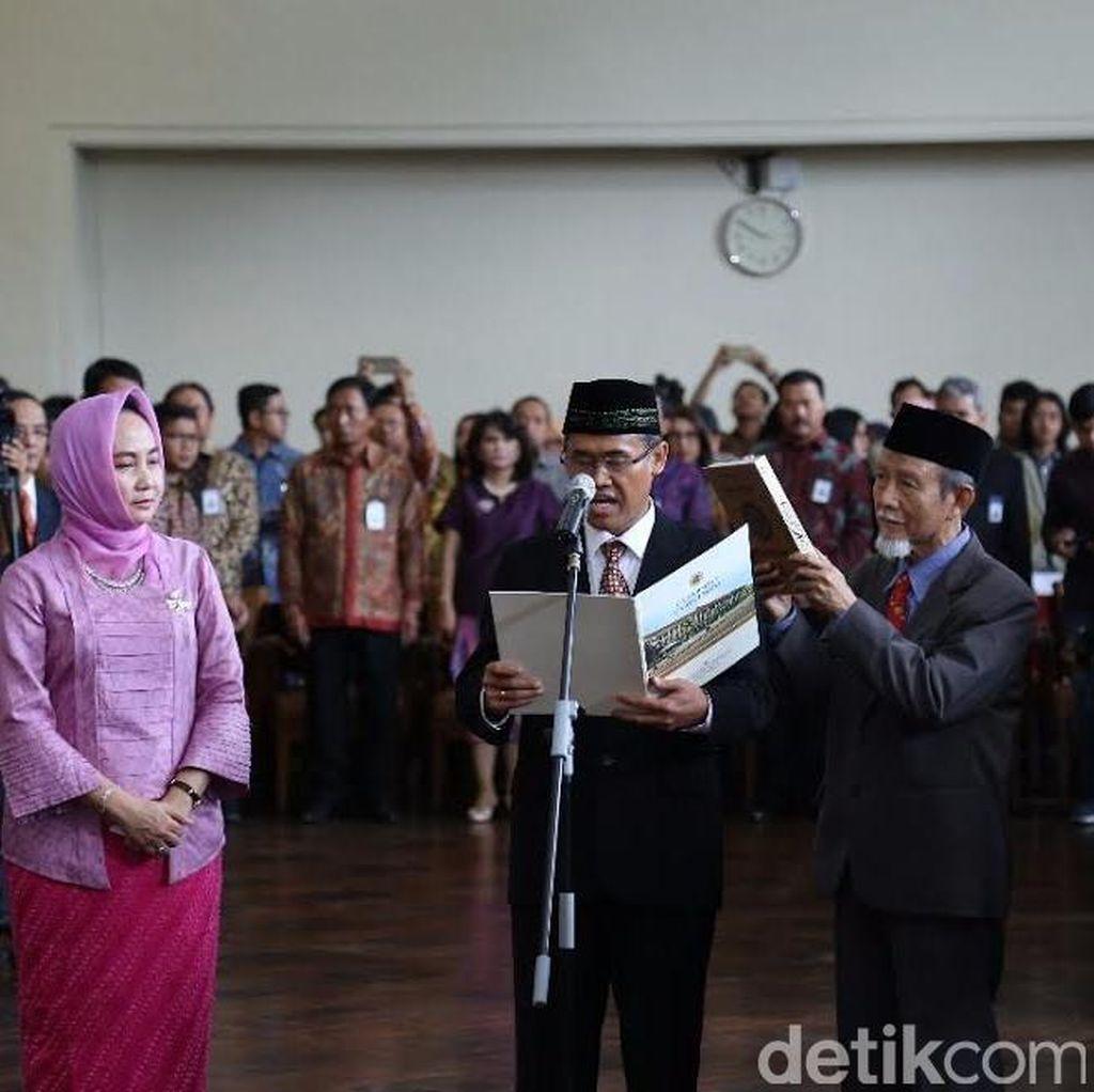 Tekad Rektor Baru UGM: Menjadi Pemandu Peradaban Baru Indonesia