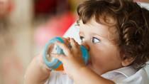 Anak Berusia Kurang dari Setahun, Sebaiknya Jangan Diberi Jus Buah