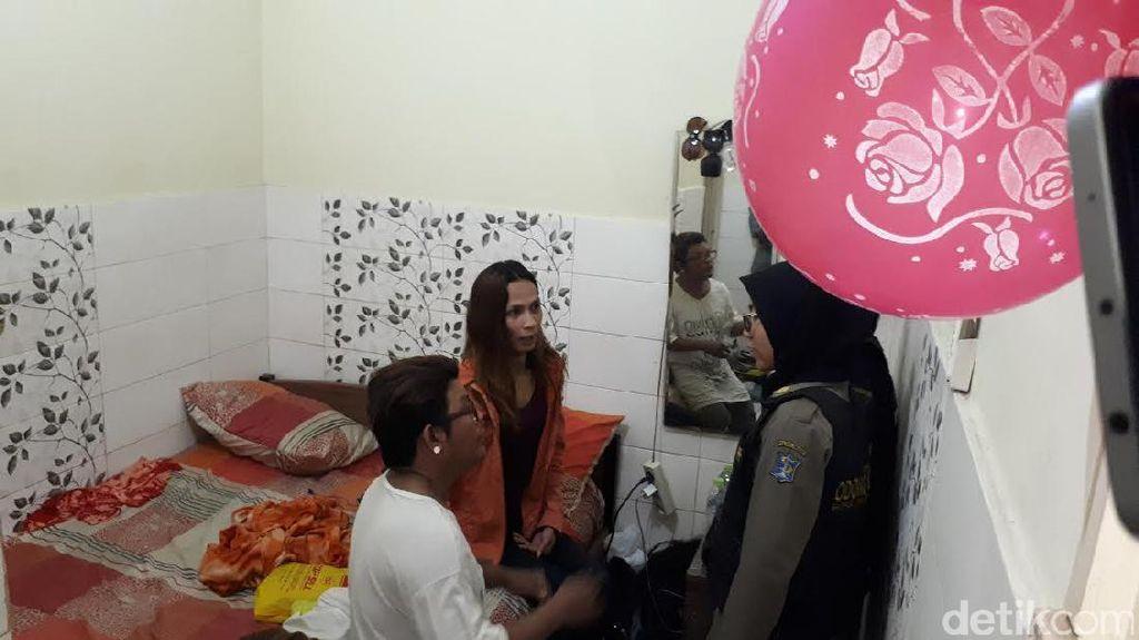 Penghuni Kos Harian di Jalan Kedungdoro Terjaring Razia